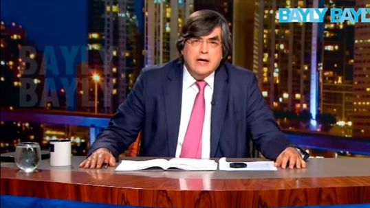 Jaime Bayly Silvia Nunez Del Arco Favors Justin Bieber For An Intimate Meeting According To The Peruvian Writer Shows Jaime bayly on wn network delivers the latest videos and editable pages for news & events, including entertainment, music, sports, science and more, sign up and share your playlists. del arco favors justin bieber